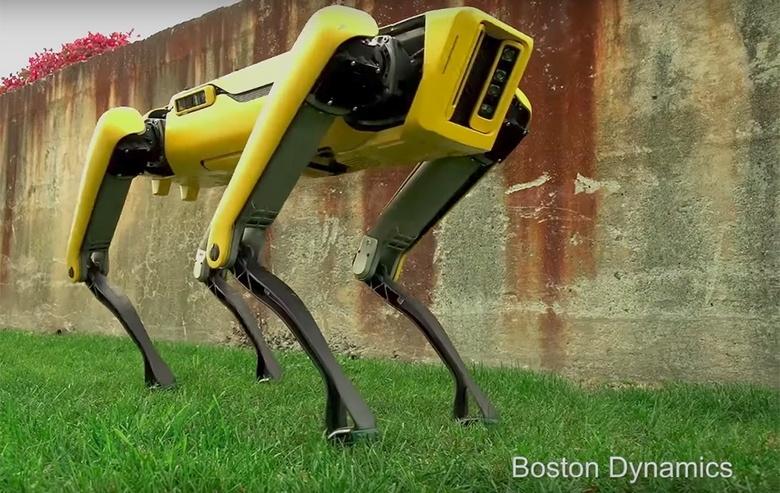 Новый робот Boston Dynamics SpotMini двигается весьма натурально