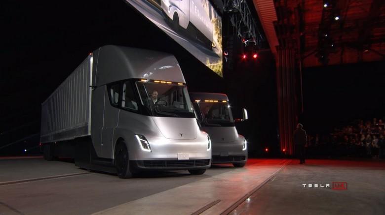Компания Wal-Mart серьёзно заинтересовалась электрическими грузовиками Tesla Semi