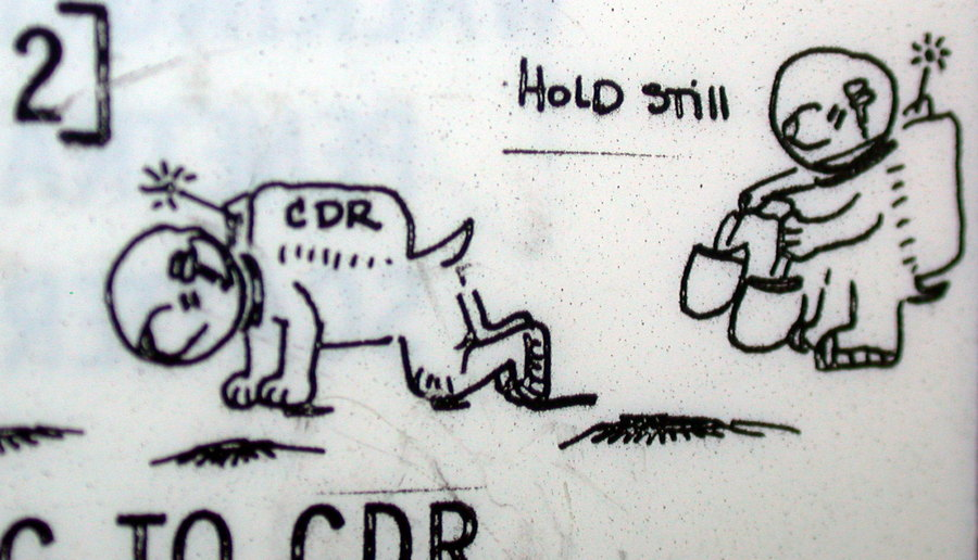 Космический вандализм и юмор в программе «Аполлон» - 8