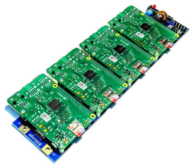 Мини-суперкомпьютер: 1000 Raspberry Pi объединили в кластер - 5