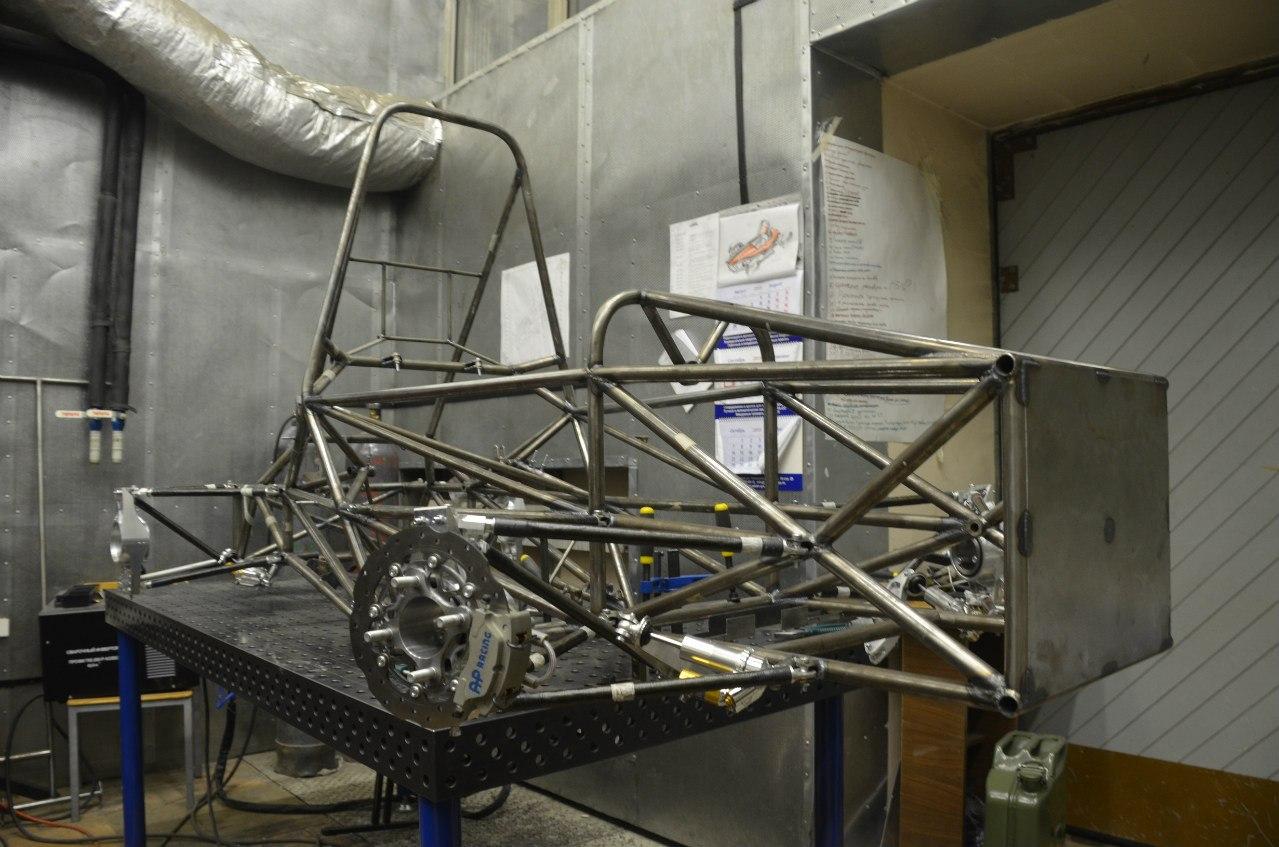 Bauman Racing Team и «Формула студент»: как Lenovo ThinkServer помогает побеждать в европейских гонках - 4