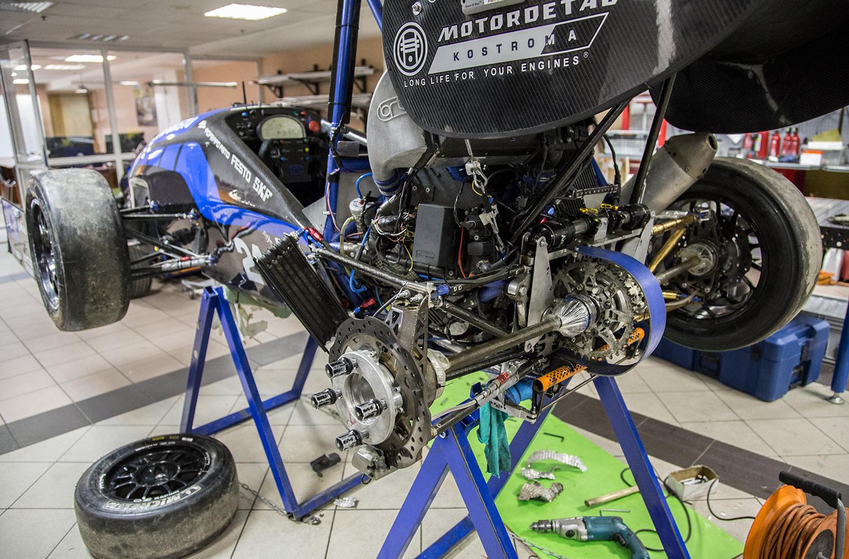 Bauman Racing Team и «Формула студент»: как Lenovo ThinkServer помогает побеждать в европейских гонках - 8