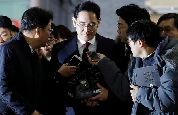 Комитет поставщиков Samsung попробует вызволить лидера южнокорейской компании из тюрьмы