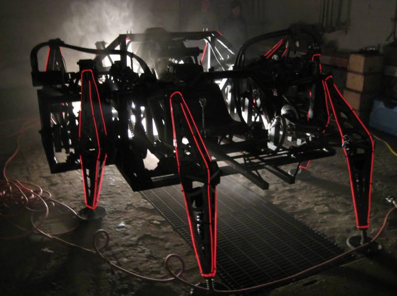 Подробности создания управляемого человеком спортивного робота весом 3600 кг - 5