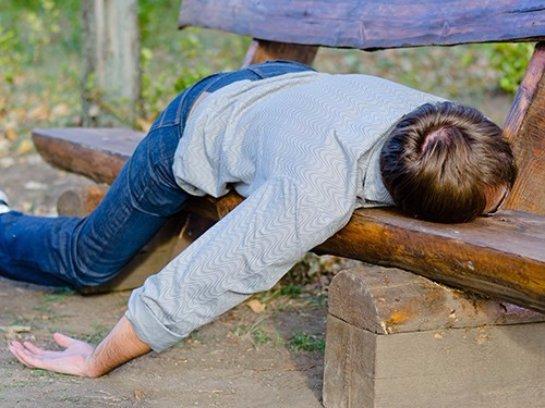 Алкоголизм и недосып тесно связаны