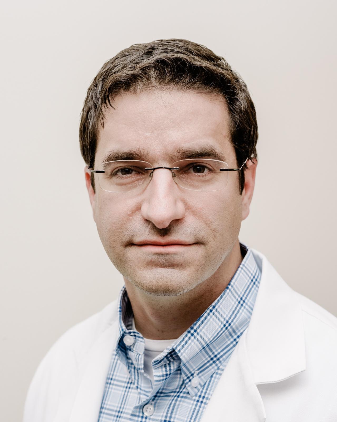 Хирург, собирающийся подключить вас к интернету через мозговой имплантат - 2