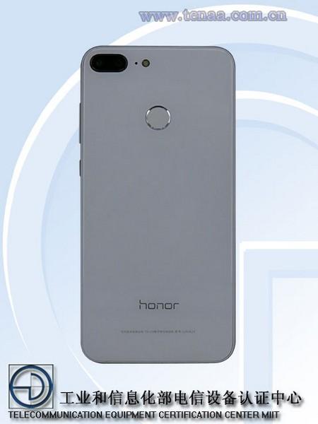 Honor 9 Lite получит стеклянную панель с тыльной стороны
