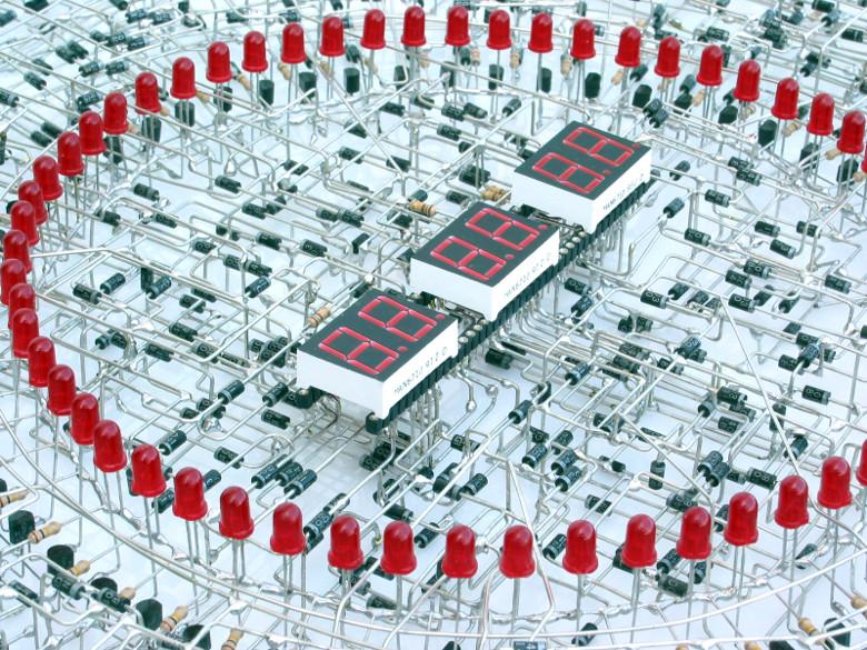 Повелитель логического нуля и единицы: юбилей транзистора - 6