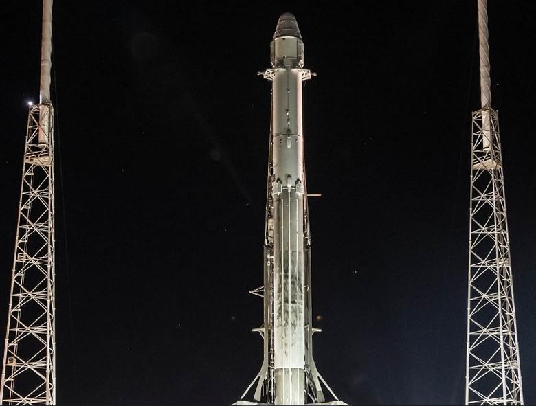 Запуск использовавшихся ранее Falcon 9 и Dragon прошёл успешно