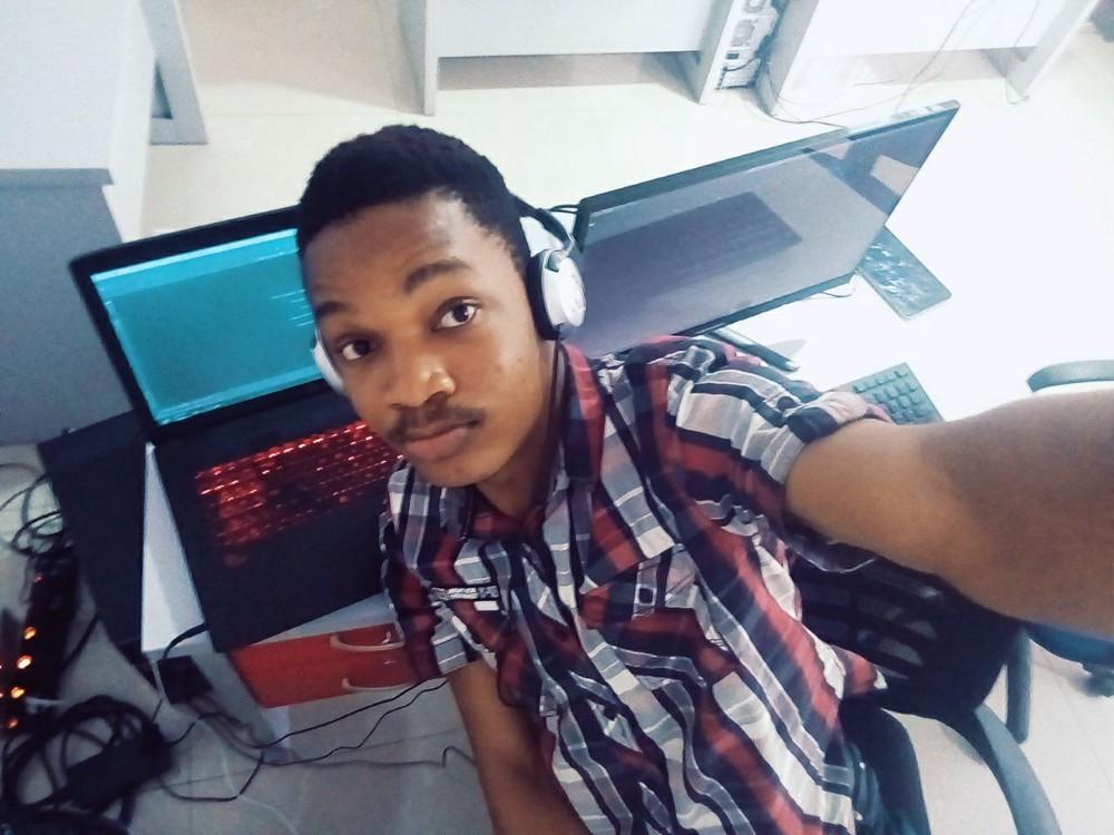 История нигерийского разработчика: от программирования на кнопочном телефоне к работе в стартапе МТИ - 1