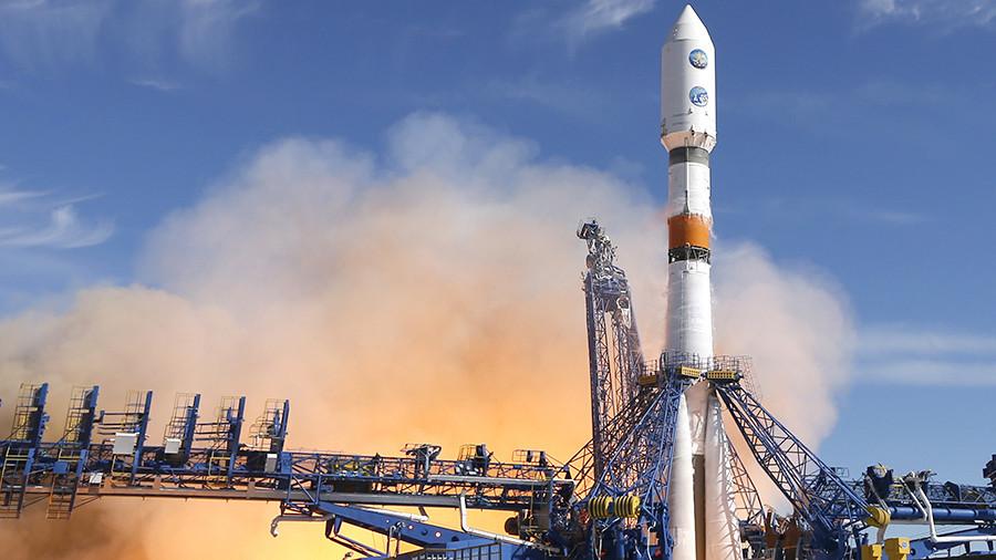 «Роскосмос» планирует запустить в космос новый спутник-шпион - 1