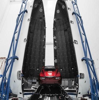Он не шутил — SpaceX готовится запустить Tesla Roadster на Марс - 1