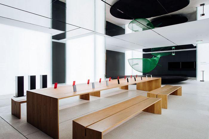 Oppo открыла первый флагманский магазин