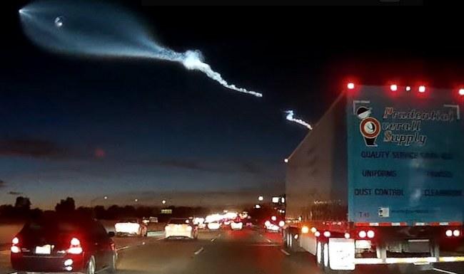 Видеорегистратор записал запуск ракеты SpaceX, вызвавший аварию на шоссе - 1