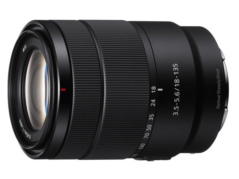 В продаже объектив Sony E 18-135mm F3.5-5.6 OSS должен появиться в феврале по цене около $600