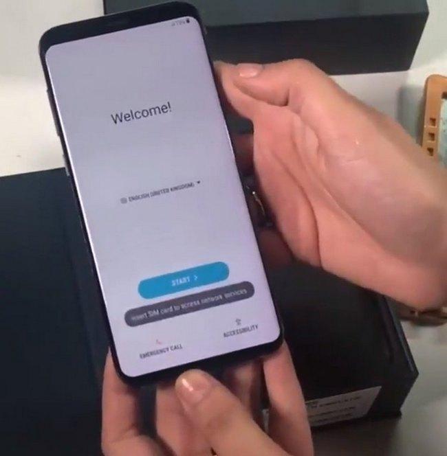 Опубликована новая фотография включенного смартфона Samsung Galaxy S9