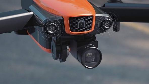 По части камеры и пульта управления EVO превосходит изделие DJI