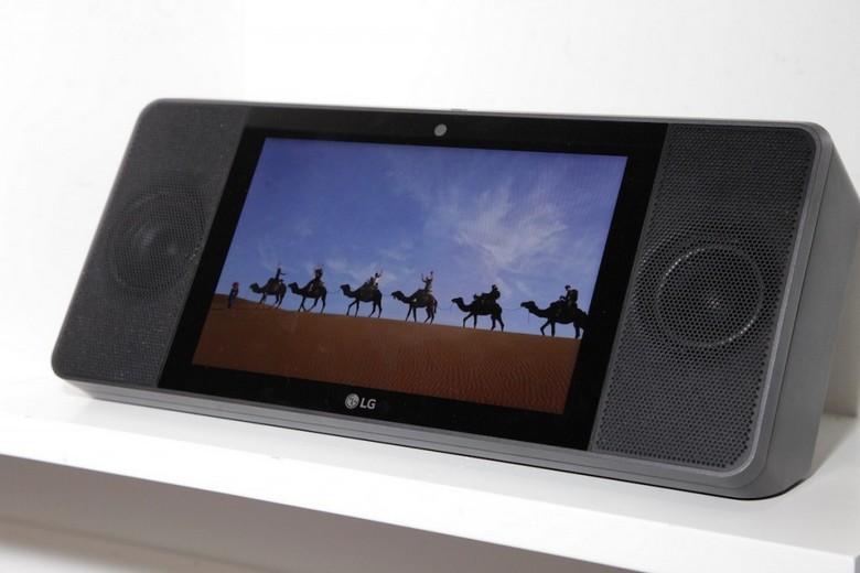 Google и LG представили первый умный дисплей
