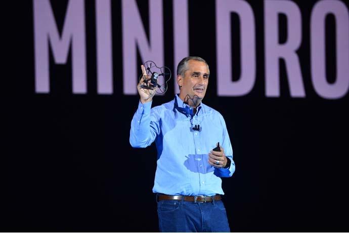 Intel показала новый формат светового шоу