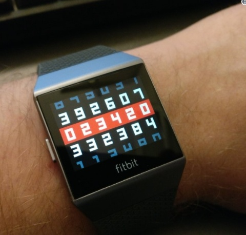 Fitbit будет поддерживать наследие Pebble ещё полгода