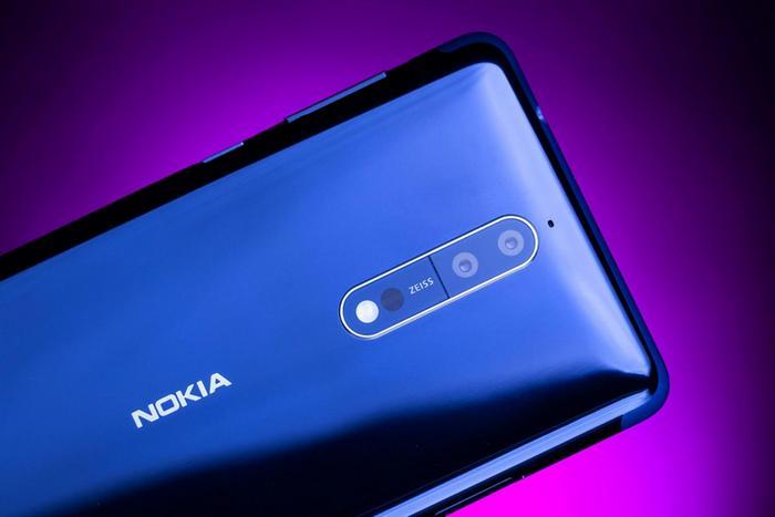 Смартфону Nokia 8 Sirocco приписывают SoC Snapdragon 845 и беспроводную зарядку