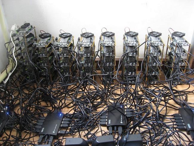 Ослабший Bitcoin вынудил россиян продавать оборудование для майнинга