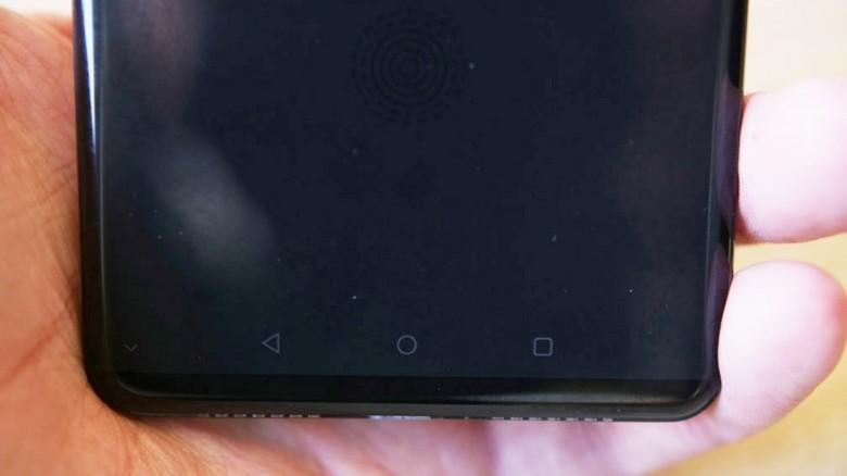 Huawei P20 не получит тройной камеры
