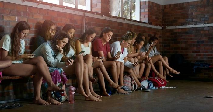 Новое исследование Motorola подтверждает высокую степень зависимости людей от смартфонов