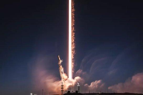 Администрация Трампа: коммерческие космические компании должны упростить бизнес