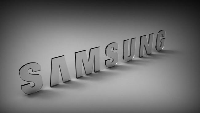Компания Samsung меняет стратегию и больше не планирует во что бы то ни стало представлять смартфоны первой