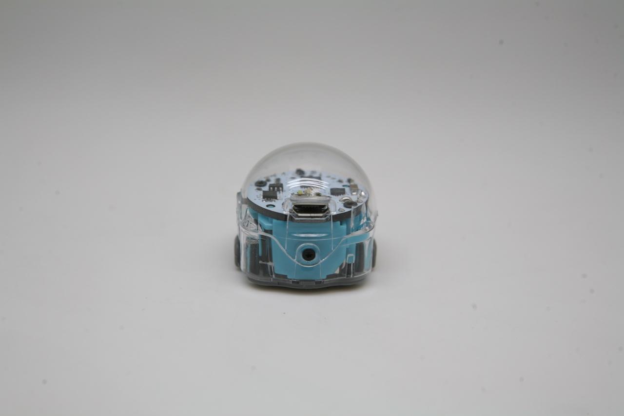 Ozobot — миниатюрный программируемый робот для игр и обучения, который ходит по нарисованным линиям - 32
