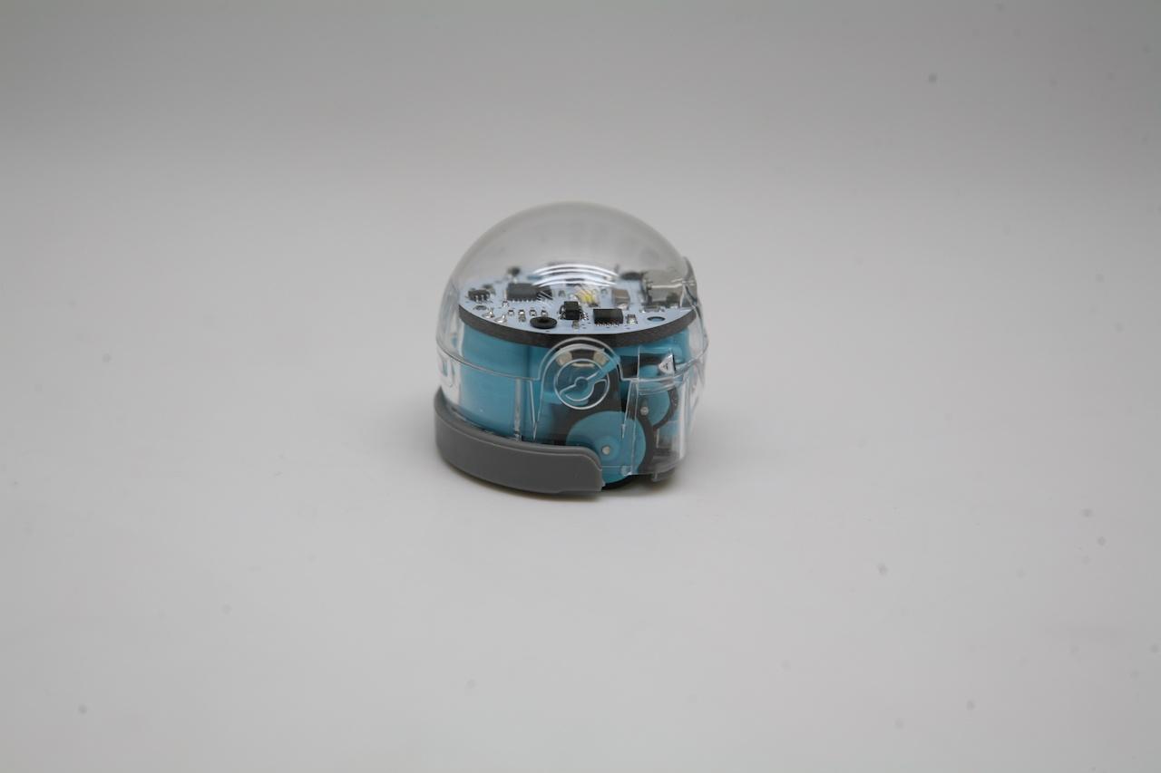 Ozobot — миниатюрный программируемый робот для игр и обучения, который ходит по нарисованным линиям - 33