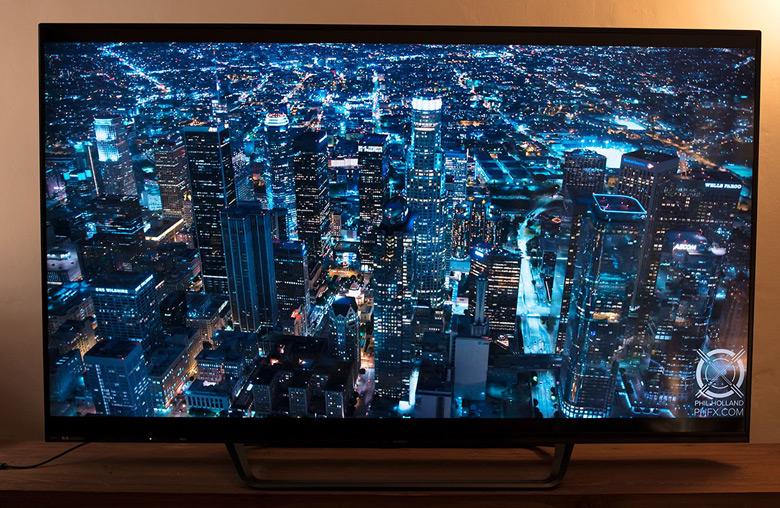 На 70-дюймовом экране разница между 4K и 8K заметна