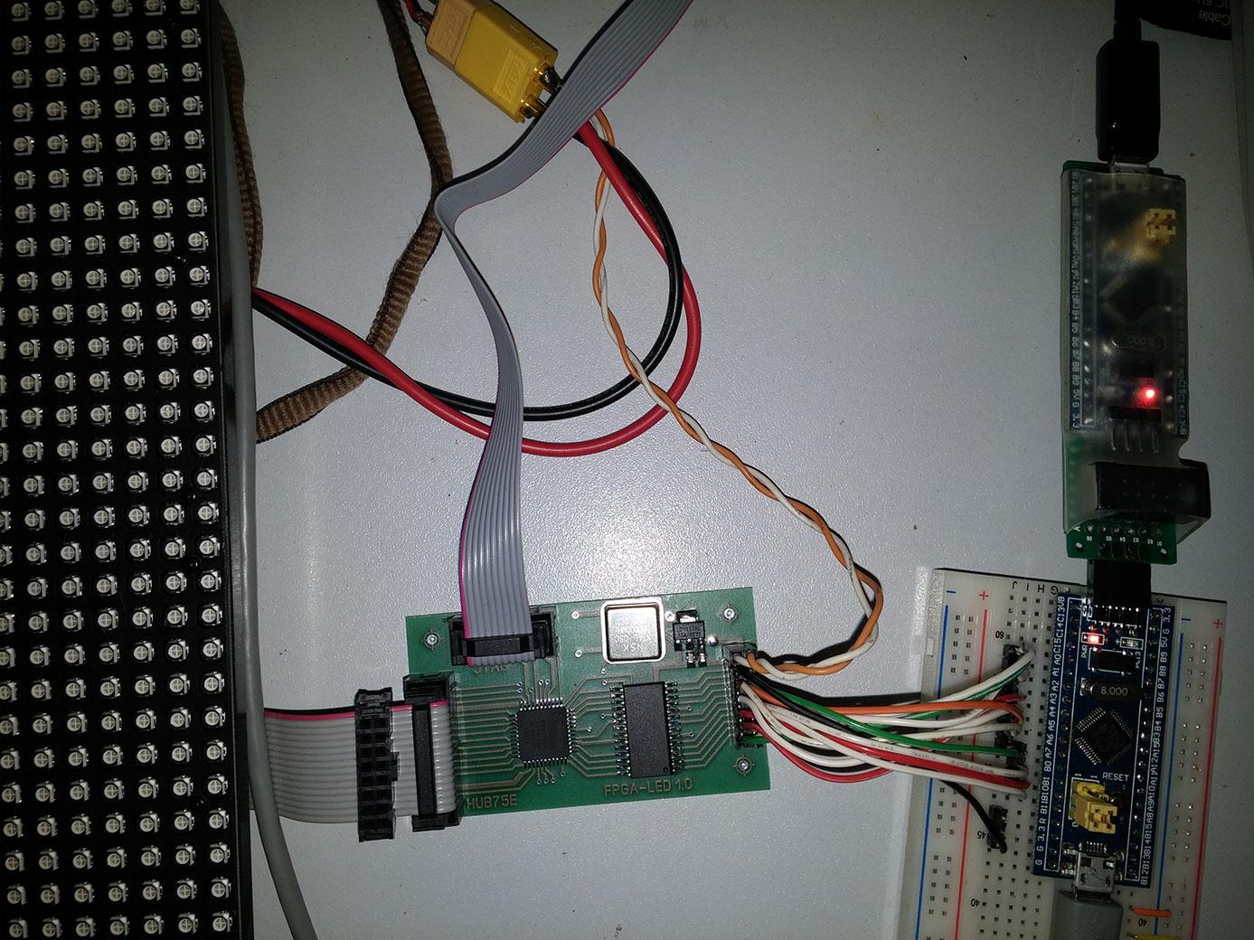 DIY-контроллер LED панели на CPLD с использованием BAM модуляции - 4