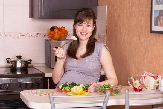 Скорость старения мозга ребенка зависит от того, что ела его мать во время беременности