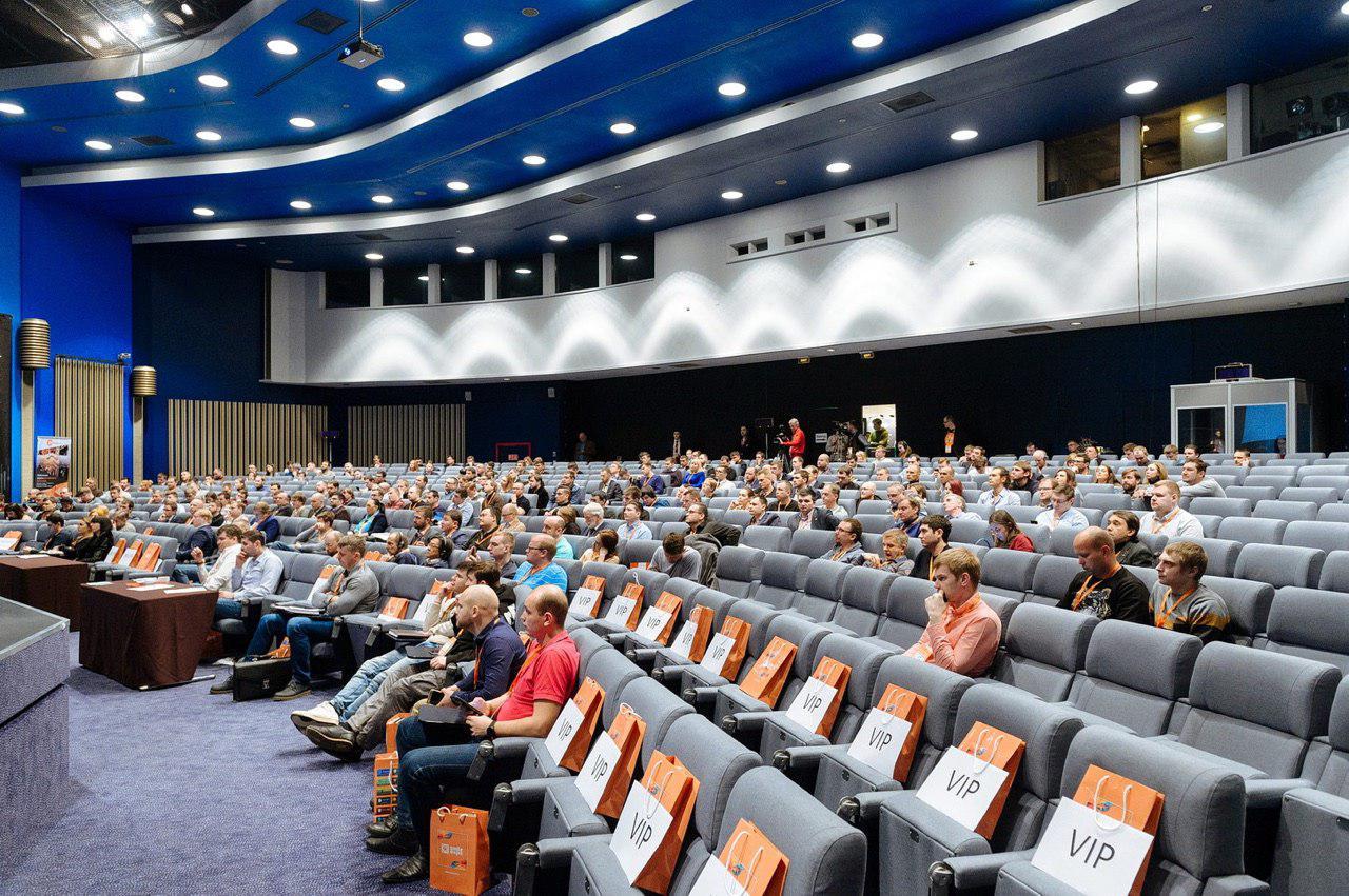 Заработок криптобиржи, торговля через брокера и HyperLedger Fabric: о чем говорили на блокчейн-конференции в Петербурге - 16