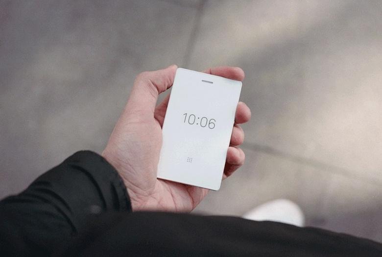 Мобильный телефон Light Phone 2 стал чуть умнее первой модели