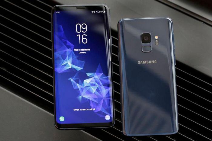 Samsung утверждает, что Galaxy S9 по уровню предзаказов не уступает Galaxy S8