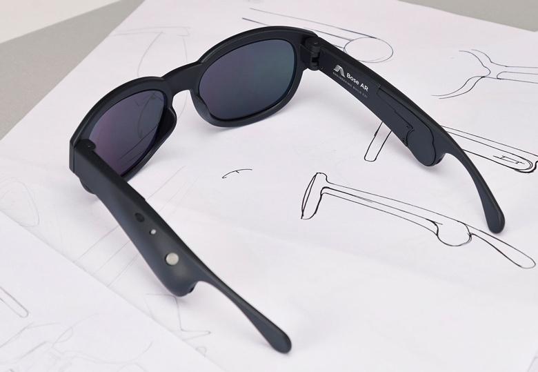 Хотя прототип выполнен в виде очков, Bose AR можно встраивать и в другие изделия