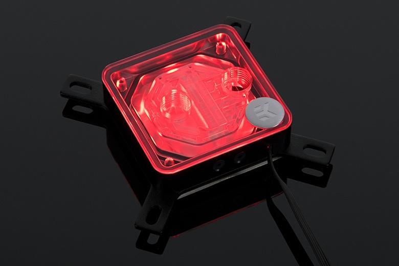 В медном основании водоблока EK-Supremacy EVO RGB сформировано 52 микроканала