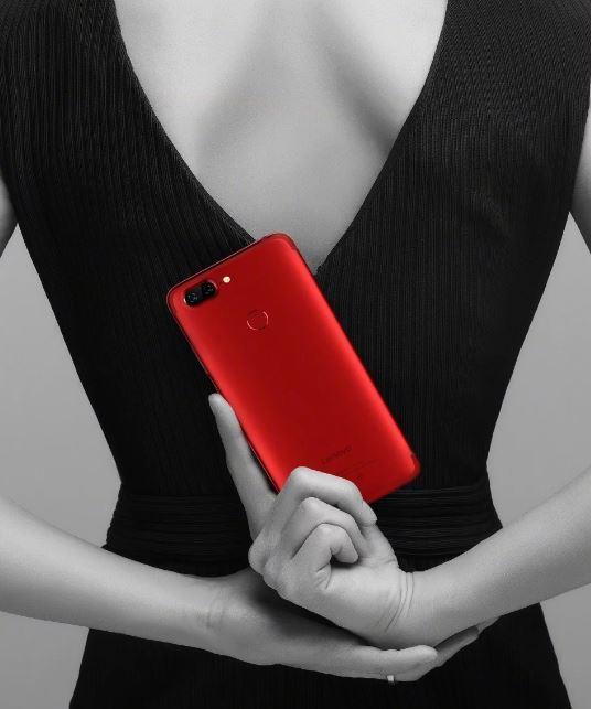 Первое изображение смартфона Lenovo S5