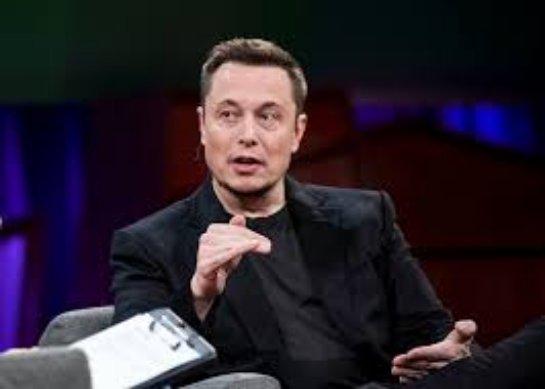 Илон Маск и Джонатан Нолан создали вдохновляющий трейлер запуска Falcon Heavy