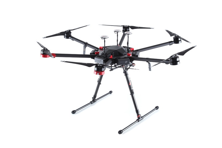 Какие дроны используют в мировом кинематографе - 6