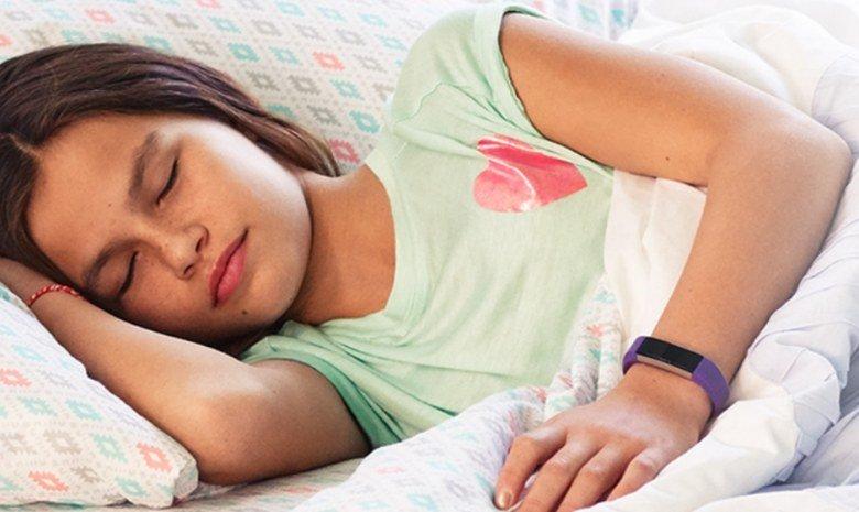 Fitbit Ace — первый трекер активности компании, ориентированный на детей - 2