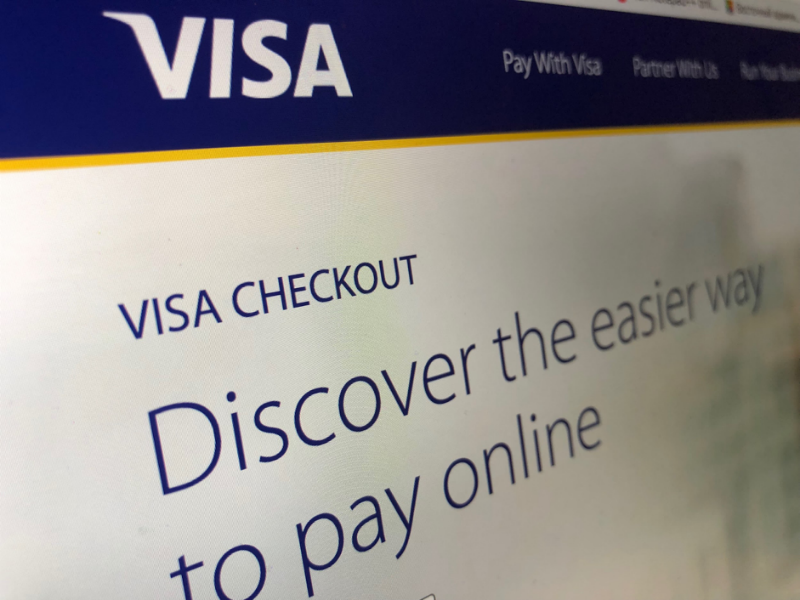 Владельцы криптовалютных кошельков Coinbase столкнулись с двойными списаниями комиссий из-за особенностей работы Visa - 1