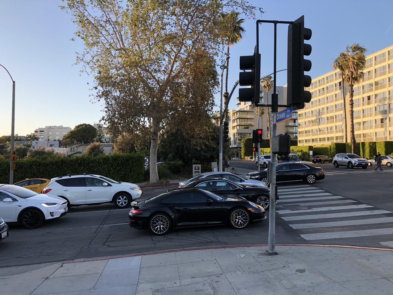 Знакомство с Tesla Model 3 - 2