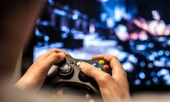 Агрессивные видеоигры вредят детям и подросткам, но на взрослых не действуют