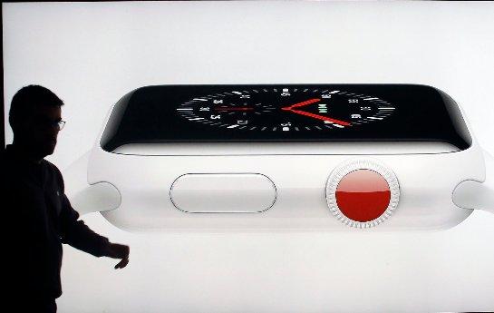 Apple инвестирует в экраны MicroLED