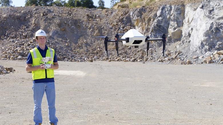 DJI и Skycatch создали для Komatsu Smart Construction 1000 специальных дронов для работы на стройке - 1
