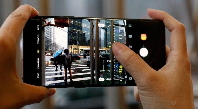 Экраны некоторых пользователей Samsung S9 и S9+ не реагируют на нажатия